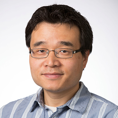 Dequan Xiao, Ph.D. headshot