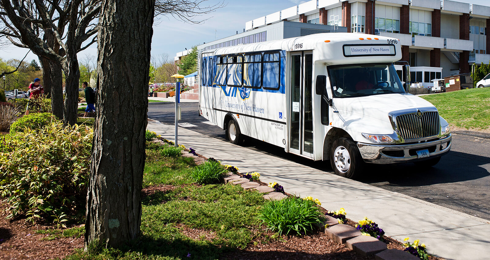 shuttles and transportation - university of new haven